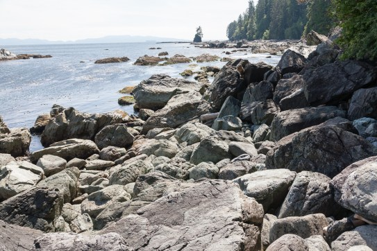 Boulder field on final leg to Thrasher Cove