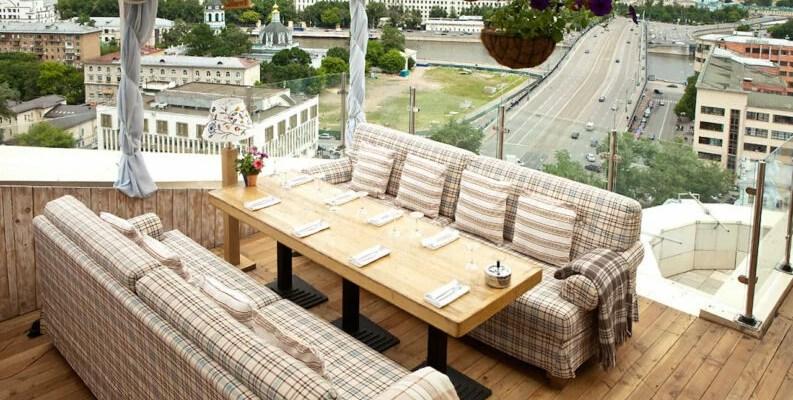 Столичные рестораны с террасой, в которых можно приятно и вкусно провести время