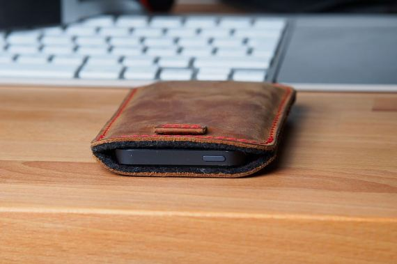 germanmade iPhone 5 Sleeve 1
