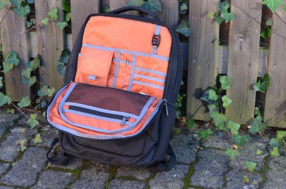 Everki Studio Slim Backpack Front