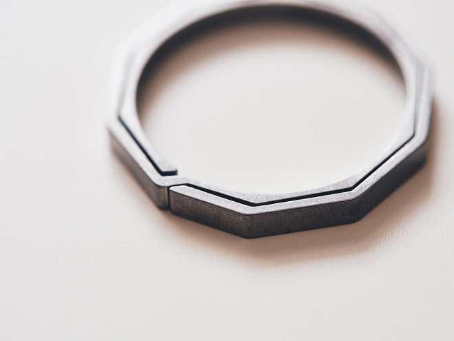 Handgrey Knox Titanium Split Key Ring P4141211