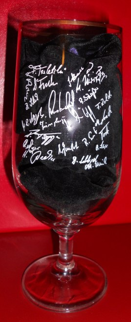 BFC team autographs on reverse of beer glass (photo: author).