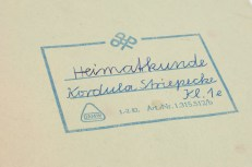 Kordula Striepecke's notebook from grade one Heimatkunde, or introductory civics (photo: Jo Zarth)