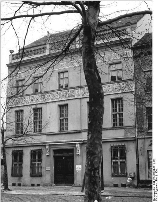 Ermeler House in 1964 after initial post-war renovations (Bundesarchiv 183-C0801-0015-001).