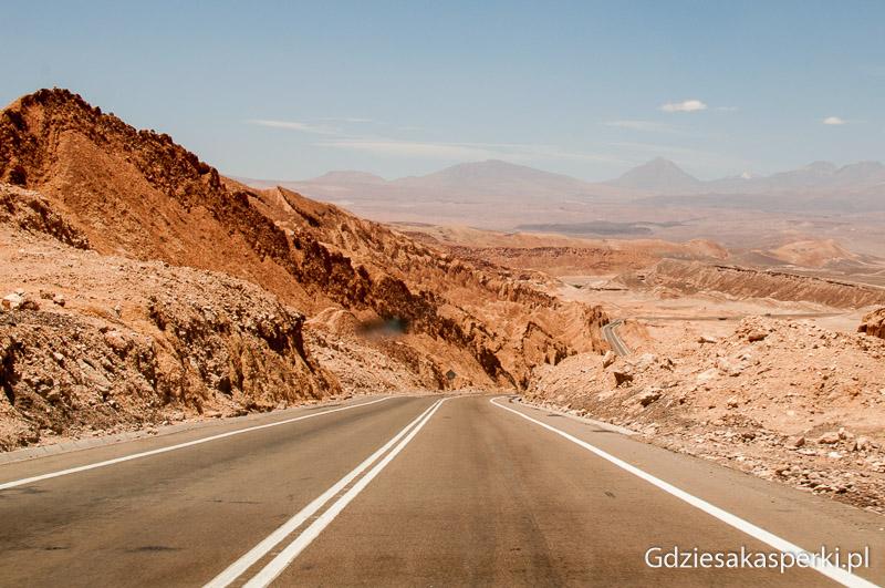 Droga z Calamy do San Pedro de Atacama