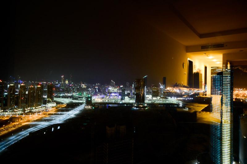 Couchsurfing na 61. piętrze w Abu Dhabi