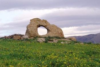 Pietra forata Sicilia