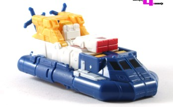 Transformers Titans Return Seaspray