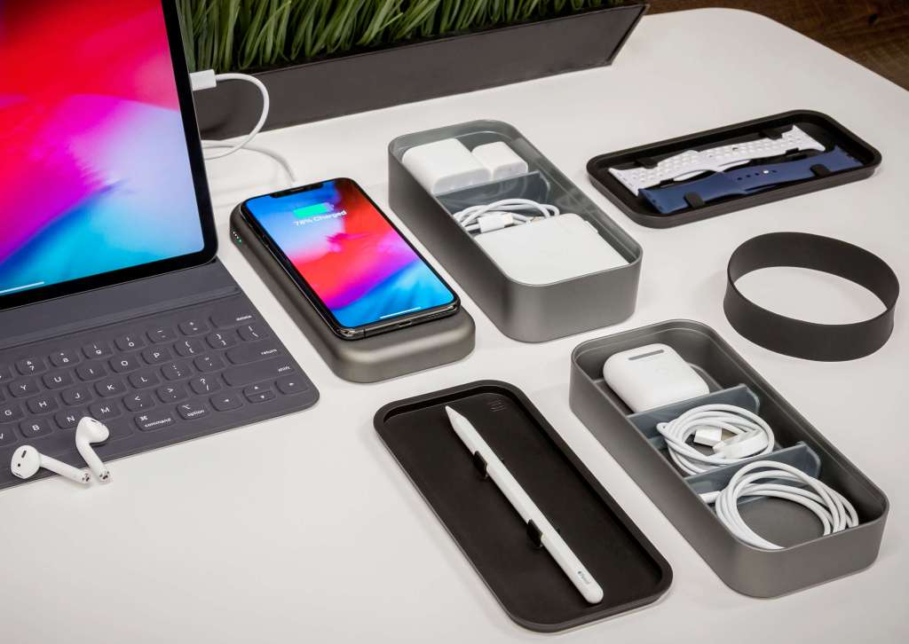 BentoStack Charge compact wireless charger