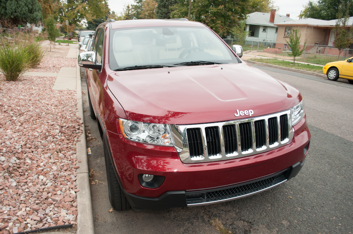 2012 Jeep Grand Cherokee Limited 4X4 Review -- Review 9