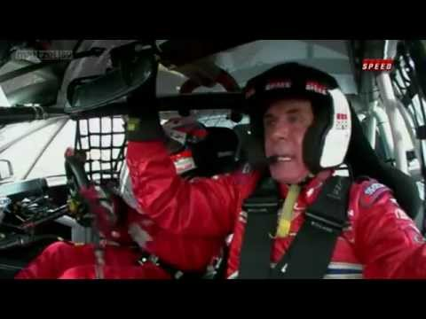 Nascar Legend Darrel Waltrip Can Barely Handle One Lap Around an Australian Supercar Circuit 4