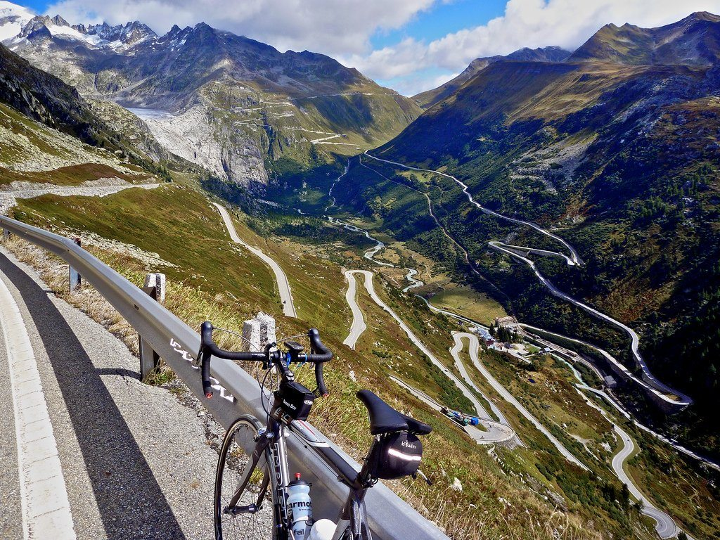 A Breathtaking Bike Ride Through the Swiss Landscape 13