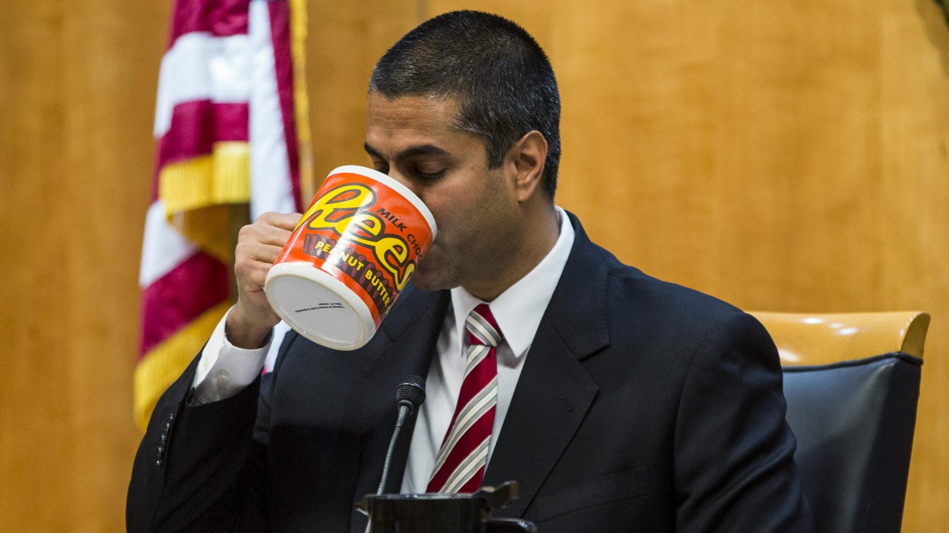 The FCC Will Move to Kill Net Neutrality Over Thanksgiving 7