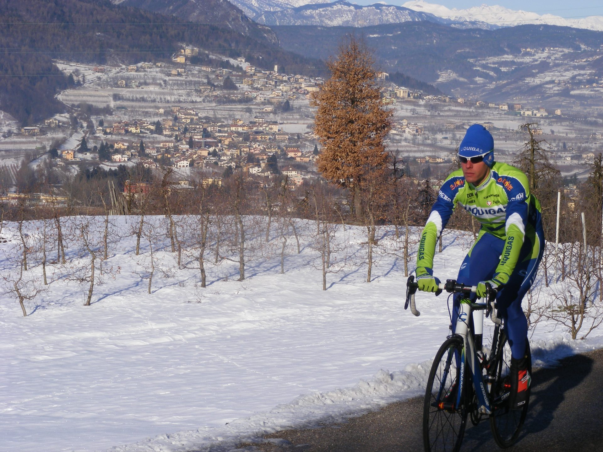 What to Wear for Cold Weather Cycling 4