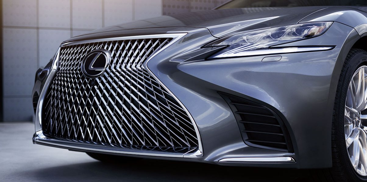 Toyota And Lexus Are Finally Getting Apple CarPlay – Gear & Grit