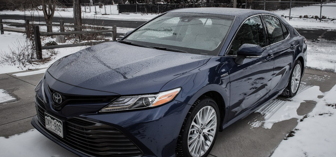 2018 Toyota Camry Hybrid Review 1