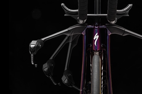 The Crazy New Specialized S-Works Shiv Disc Arrives in Kona 5