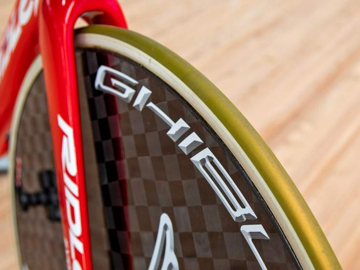 Victor Campenaerts Sets Hour Record on Custom Ridley 11