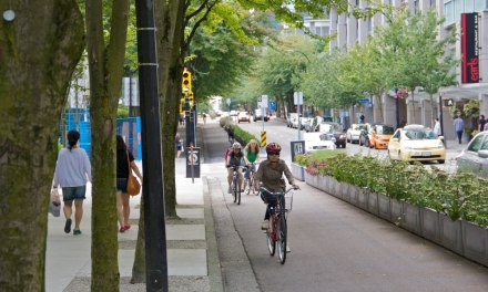 Study Shows that Protected Bike Lanes are a Must