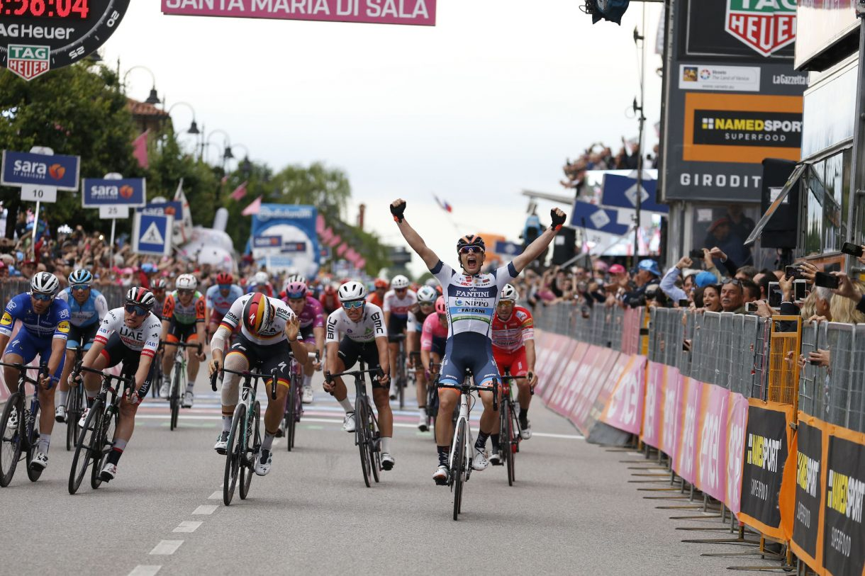 2019 Giro d'Italia Stage 18 Recap: Breakaway barely survives 2