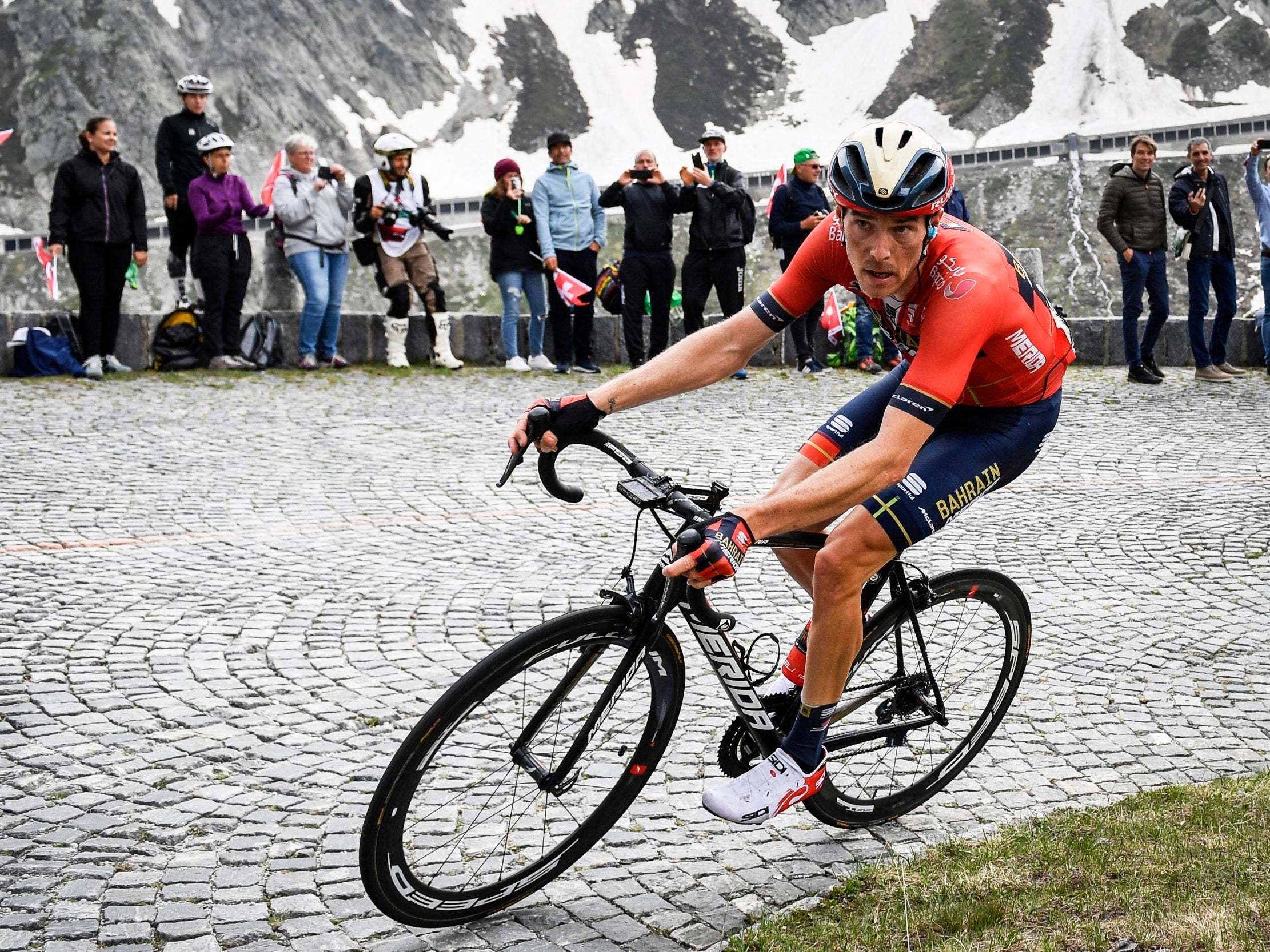 Rohan Dennis Abandons 2019 Tour de France, No One Knows Why 9