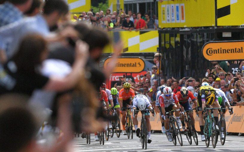 Teunissen Takes Surprise Stage 1 Victory at 2019 Tour de France