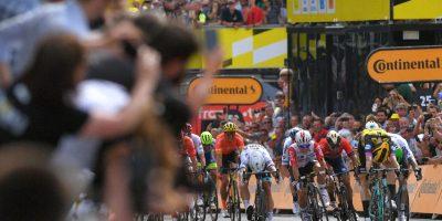 Teunissen Takes Surprise Stage 1 Victory at 2019 Tour de France 13