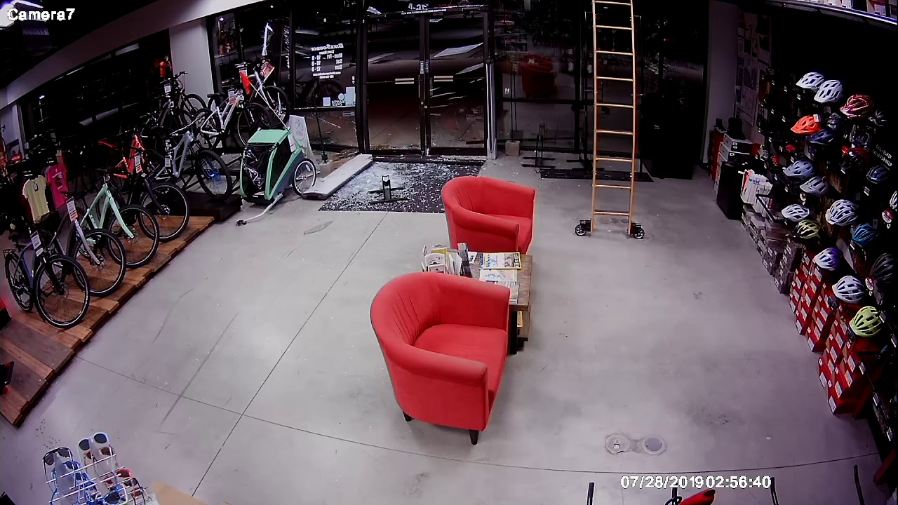 BikeSource in Littleton, Colorado Severely Damaged and Bikes Stolen After Smash-and-Grab 18