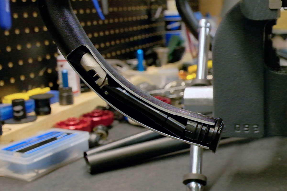 Wolf Tooth Components EnCase System Hides All the Tools Inside Flat or Drop Bars 3