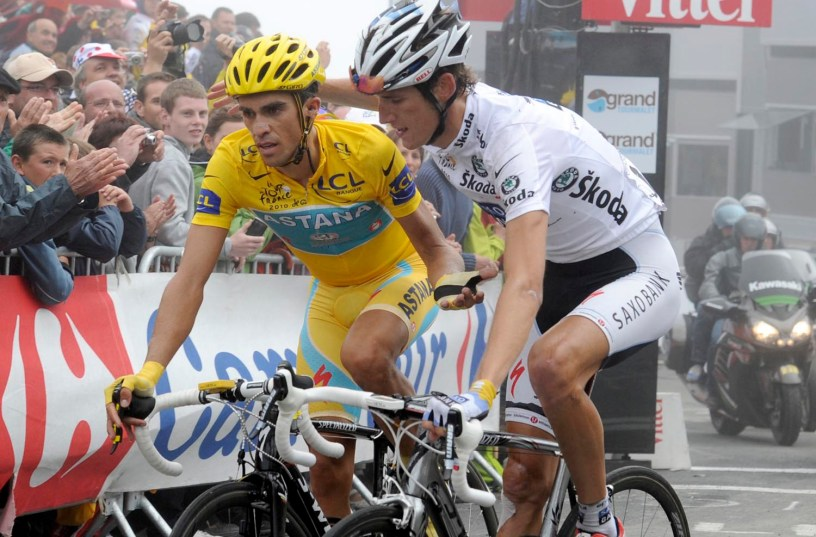 Video: Alberto Contador Drops Andy Schleck on a Kids Push Bike