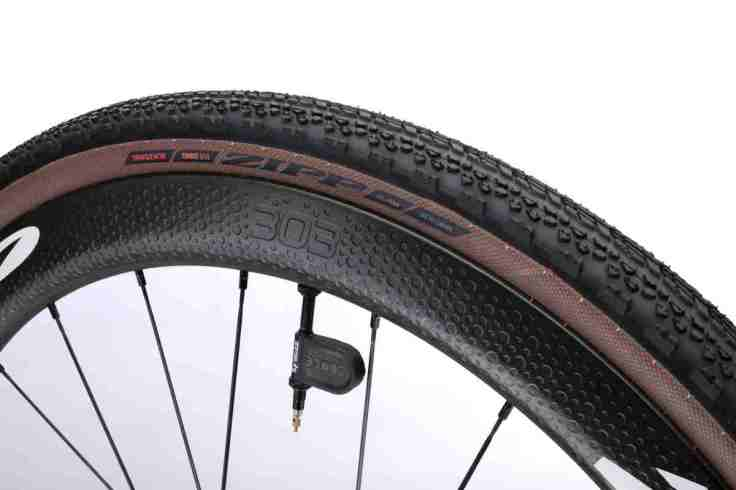 Zipp Launches Tangente Course G40 Tubeless Tire 4