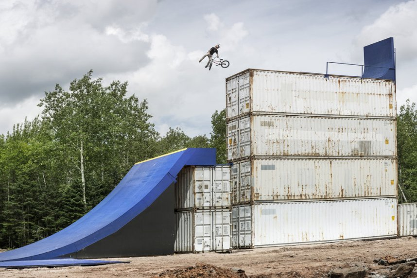 Drew Bezanson Uncontainable Behind-the-scenes