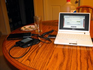 Tekkeon MP3700 Charging Eee PC and G1 at the same time.