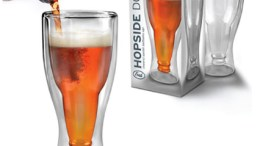 Hopside Down Beer Mug Is As Unexpectedly Classy As an Upside Down Beer Bottle Gets