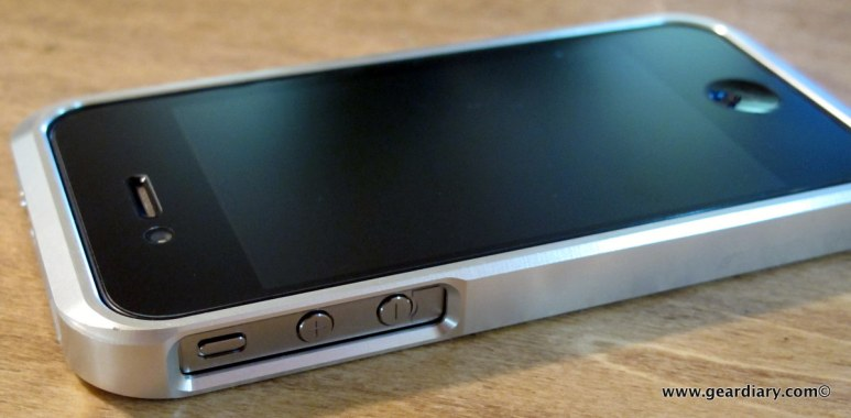 GearDiary iPhone Accessory Review: The Element Case Vapor for iPhone 4