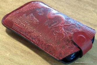 geardiary-oberon-design-iphone-sleeve-6