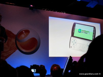 geardiary-chipchick-sony-ericsson-mobile-word-congree-pro-neo-play-30