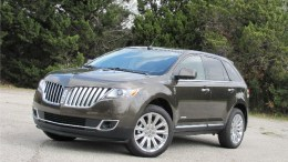 2011 Lincoln MKX More Than a Fancy Ford
