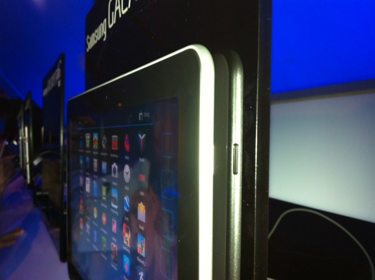 First Look: Samsung Galaxy Tab 10.1  First Look: Samsung Galaxy Tab 10.1  First Look: Samsung Galaxy Tab 10.1  First Look: Samsung Galaxy Tab 10.1  First Look: Samsung Galaxy Tab 10.1  First Look: Samsung Galaxy Tab 10.1
