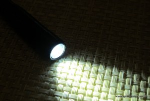 geardiary-maxxeon-workstar-220-pocket-floodlight-6