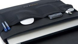 GearDiary Waterfield Designs' CitySlicker Brings Style and Minimalist Protection to Your MacBook Air