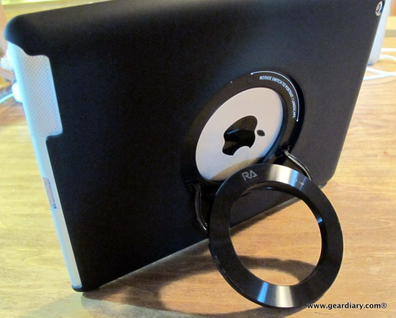 geardiary-rolling-avenue-icircle-ipad-shell-stand-007