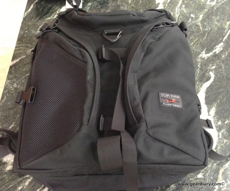 Tom Bihn Brain Bag with Camera I-O and Accessories Review  Tom Bihn Brain Bag with Camera I-O and Accessories Review