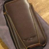 3-geardiary-beyzacases-aston-martin-iphone5-sleeves-002
