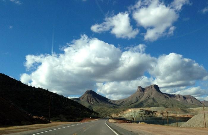 6-2014-kia-forte-sorento-test-drive-scottsdale-arizona-005