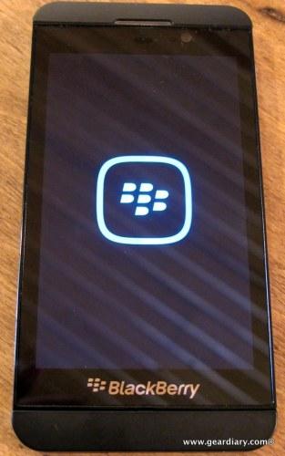 07-geardiary-blackberry-z10-smartphone-006