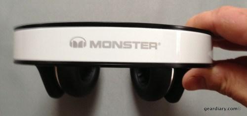 White Tuxedo Monster DNA Headphones- Gear Diary Review-016