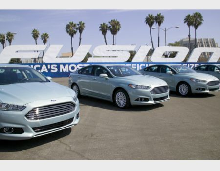 2013 Ford Fusion Hybrid Offers Best of All Worlds