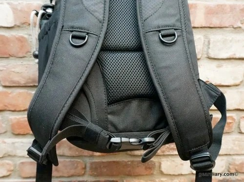 Lowepro DSLR Video Fastpack 150 AW 46 001