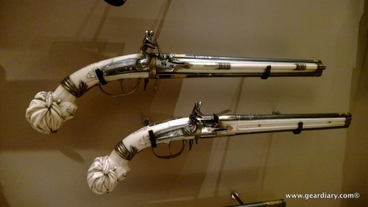 That's a pretty fancy set of pistols right?